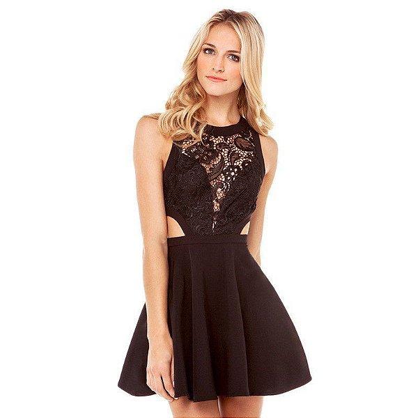 Vestido Preto Recortes