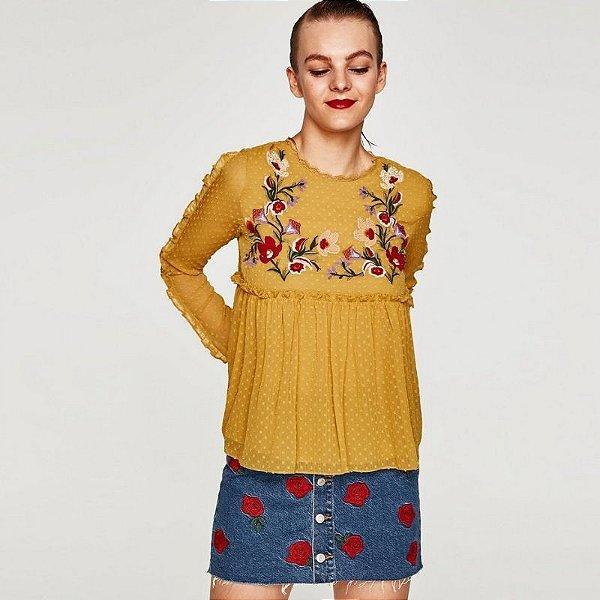 Bata Amarela com Flores