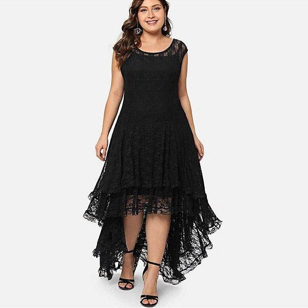 Vestido de Renda Preto Plus Size