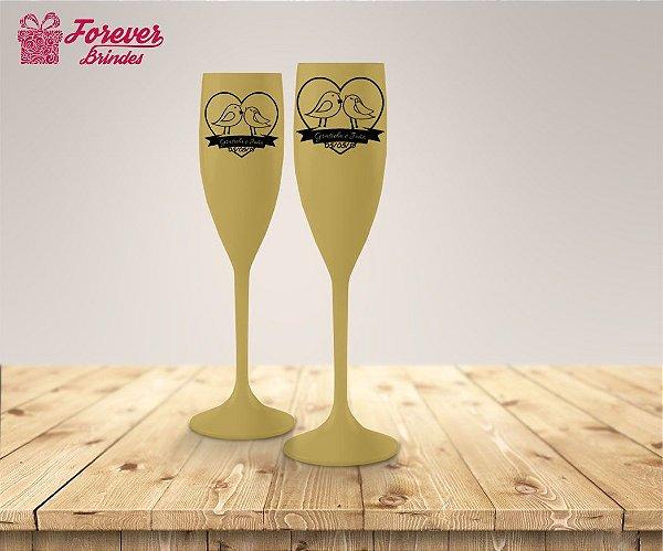 Taça De Champanhe De Casamento Noivos Pombinhos