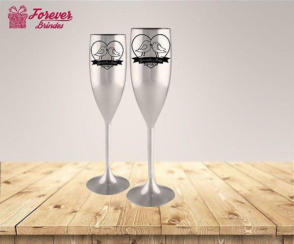 Taça Metalizada Casamento Casal Pombinhos