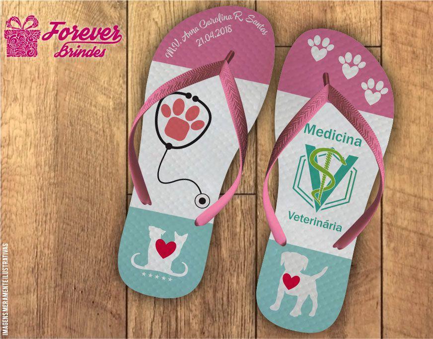 Chinelo Formatura medicina veterinária rosa e verde