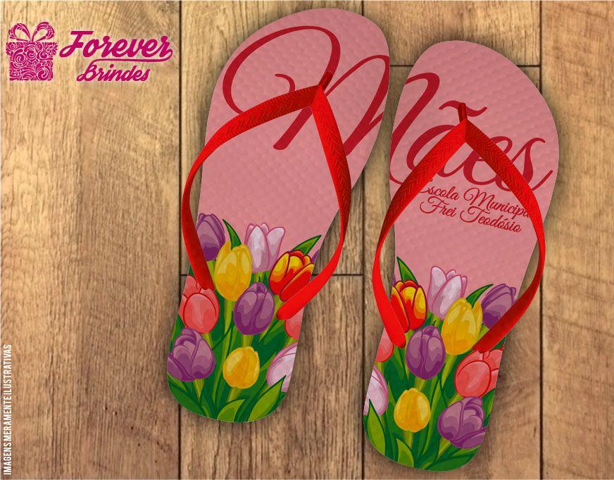 Chinelo Dia Das Mães com tulipas