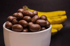 DRAGEADO DE BANANA COM CHOCOLATE - 100G