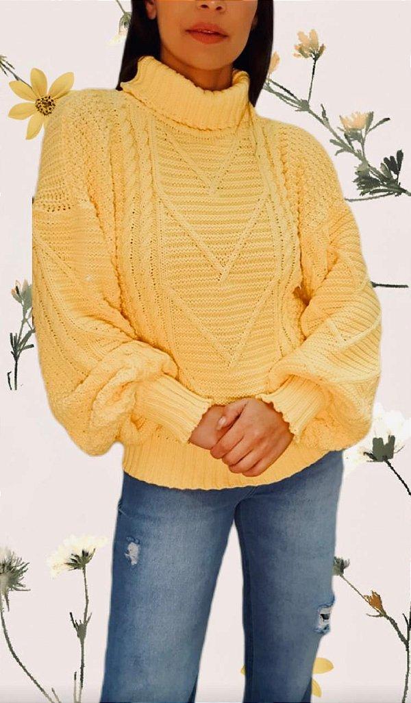 Tricô Amarelo com Gola