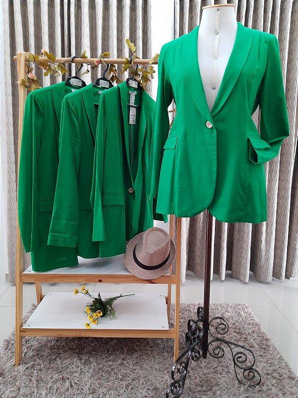 Blazer Brigite em linho misto ( cor verde )