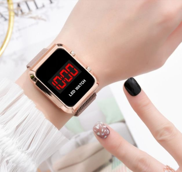 Relógio Feminino Digital LV