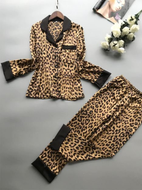 Pijama Feminino Longo Oncinha