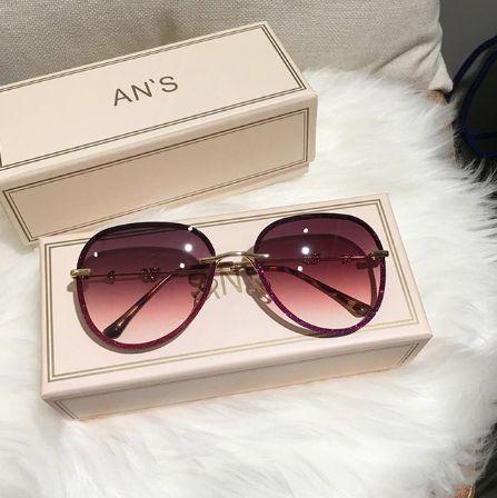Óculos de Sol Feminino Strass