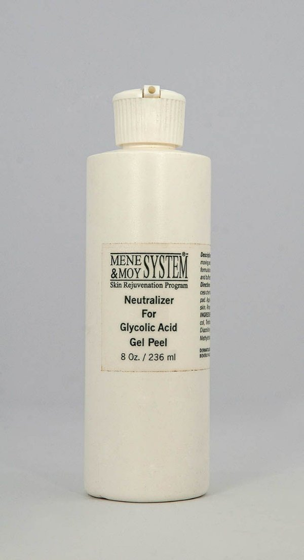 Neutralizer For Glycolic Acid Gel Peel [Loção Facial Neutralizadora da Ação do Ácid. Glicólico] MM System - 236 mL
