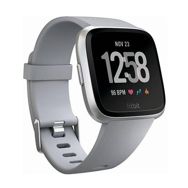 Smartwatch Fitbit Versa FB504SR Prateado