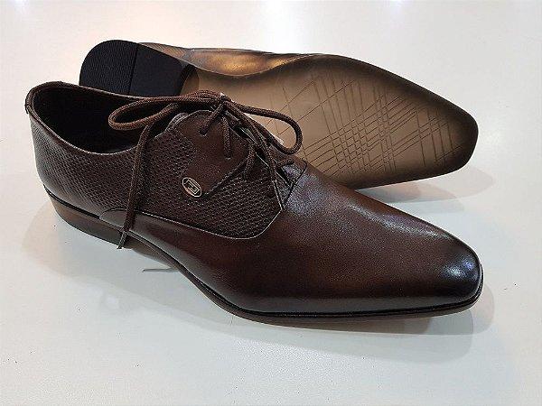 Sapato Masculino em couro modelagem italiana sapato social com ... 3de315fc57b2f