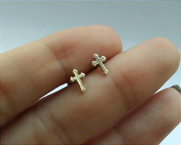 Piercing em Prata 925 OU Folheado a Ouro - Cruz