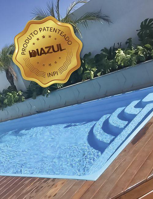 Piscina de Fibra Domingo Azul Lisa- 7,30 m x 3,30 m x 1,40 m - 28.000 litros - Diazul Piscinas