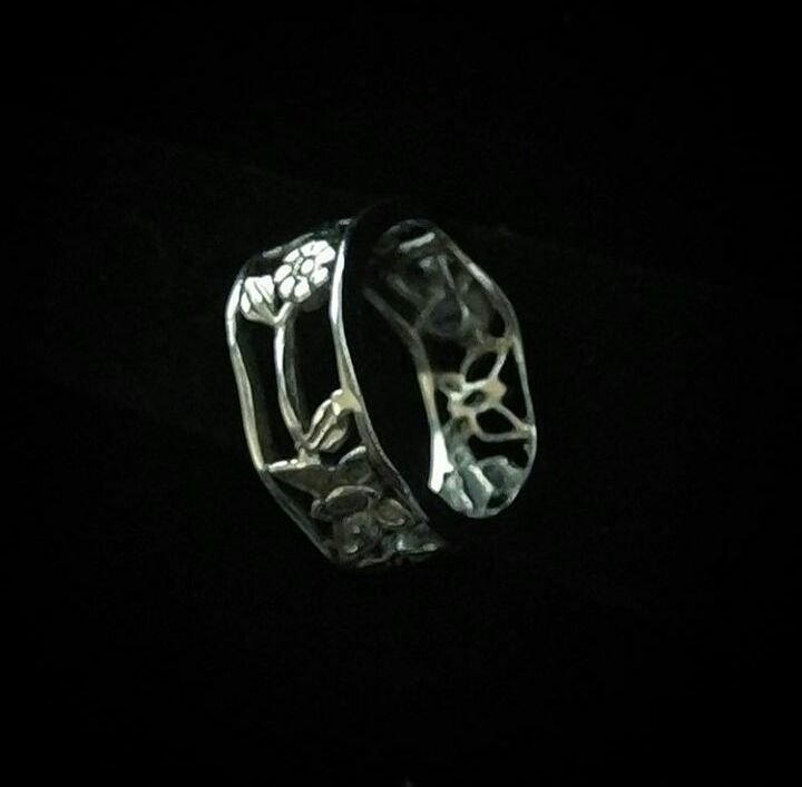 Lindo anel borboleta e flores em Prata925
