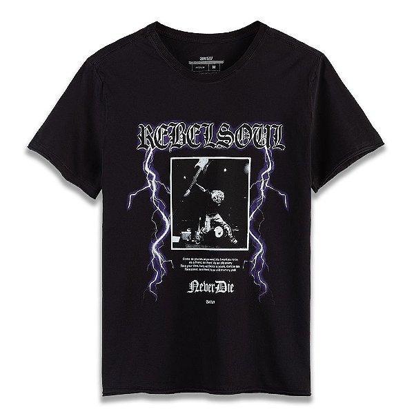 Camiseta Never Die