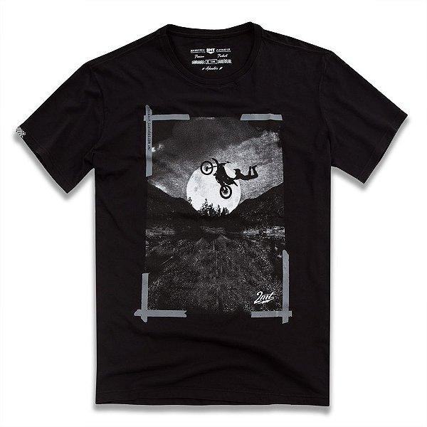 Camiseta Moon Cross