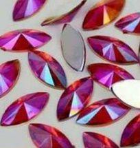 Pedra luxo navete 3d vermelho 4x8 - 50 unidades