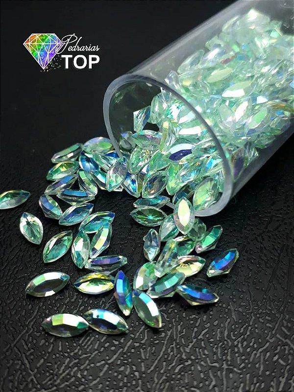 Pedra cristalina formato navete  3x5 c/10 un. -  REF. 013