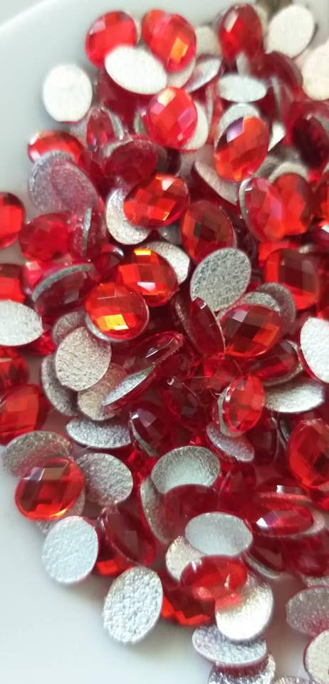 Chaton oval vermelho 6x8 - 30 unidades