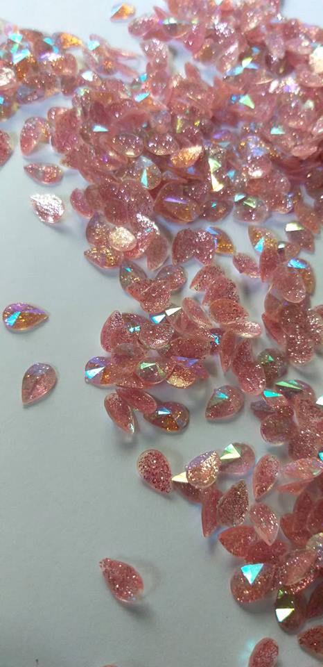 Gota rivoli c/ glittler rosa 6x8 - 30 pcs