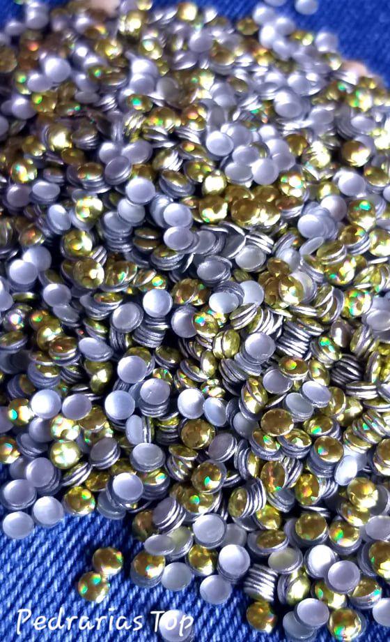 Chapinha holográfica dourada 3mm - 250 unidades