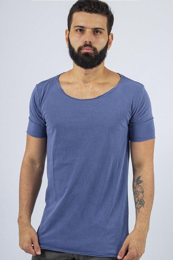 Camiseta Gola Canoa Azul Estonada