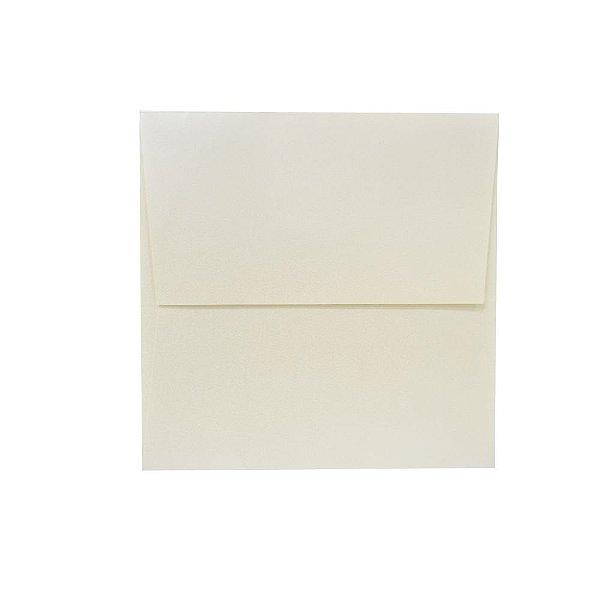 Lote 104 - Envelope Aba Reta 18,0x18,0 - 50 unid.