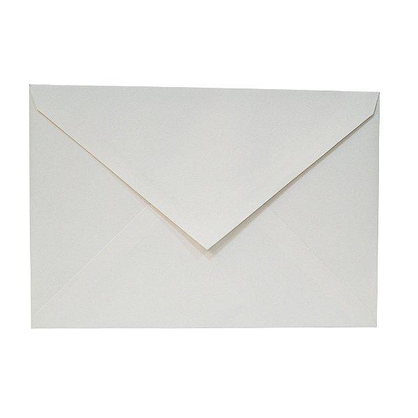 Lote 124 - Envelope Aba Bico 20x29 - 50 unid.