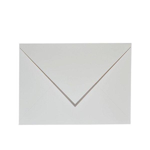 Lote B16-03 - Envelope Aba Bico 16,5x22,5 - 25 unid.