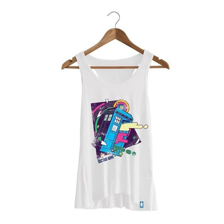 Camiseta Feminina Doctor Who - Tardis
