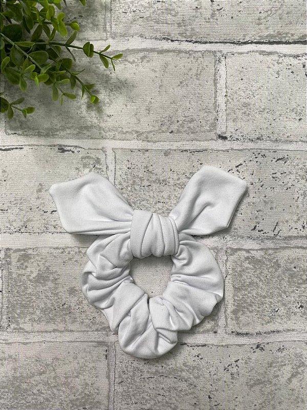 Scrunchie Branco Nuvem Fleece