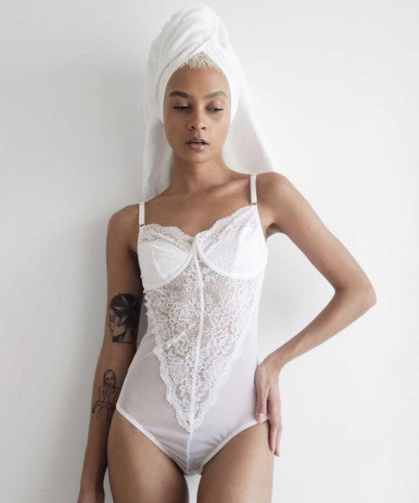 BODY RENDA LORENA WHITE