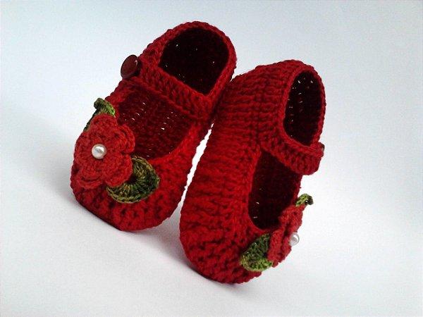 1f52fbad4 A122 sapatinho de croche de menina vermelho flor e perola bebe - MM ...