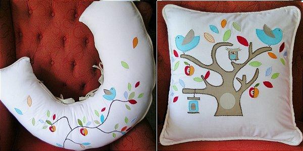 Almofada amamentação e almofada auxiliar bordada tema passarinhos