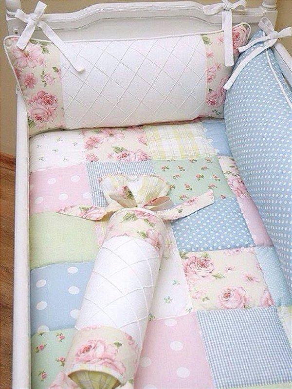Kit Berço Patchwork rosa e azul