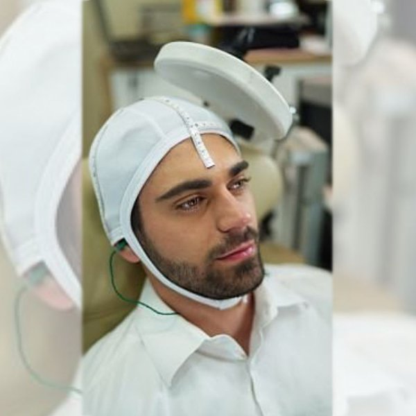 Kit com 60 toucas + 60 protetores auriculares para sessão Estimulação Magnética Transcraniana - EMT / TMS
