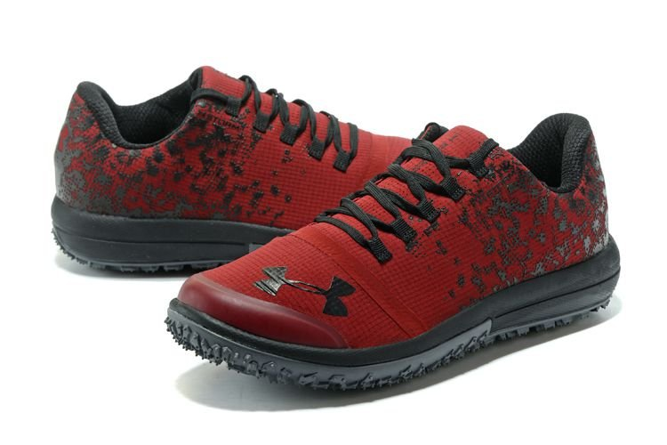 Under Armour Speed Tire Ascent Low