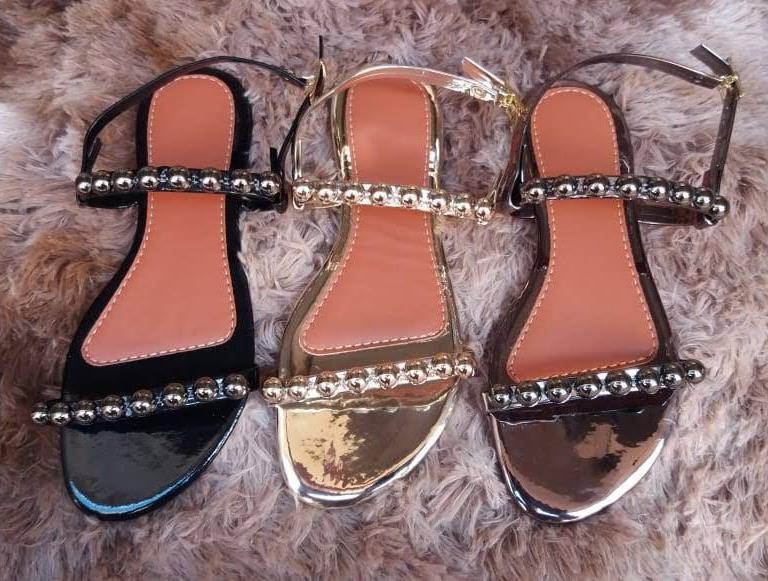 Sandália de Luxo Metalizada com bolinhas no Atacado