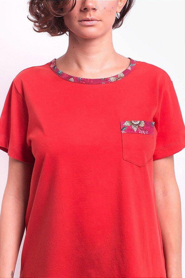 Camiseta Classic Naranga Stapelia com Bolsinho