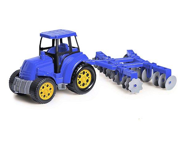 Trator com Arado Agromax Poliplac Azul