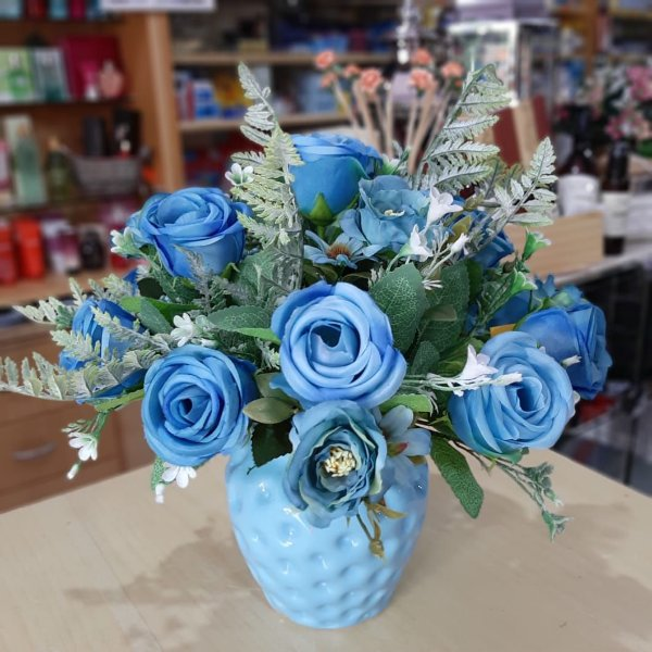 Arranjo de Flores Artificiais Rosas Azuis