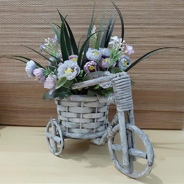 Arranjo de Flores Bicicleta com Flores Lilás