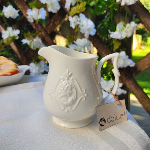 Leiteira de Porcelana Branca Queen 220ml