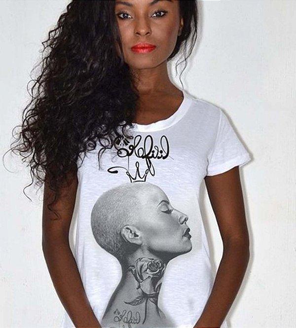 T-shirt feminina Amber Rose