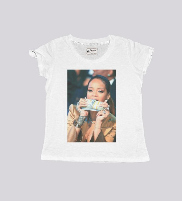 T-shirt feminina rihanna