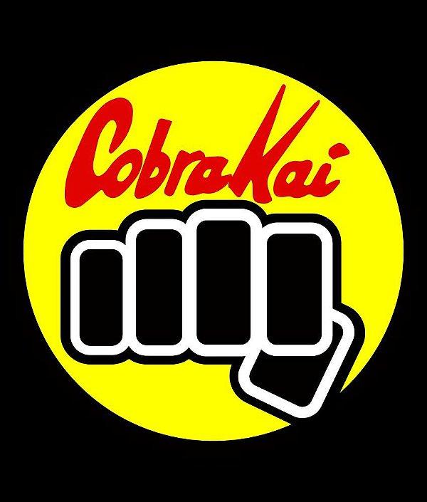 Camiseta Cobra Kai Punho