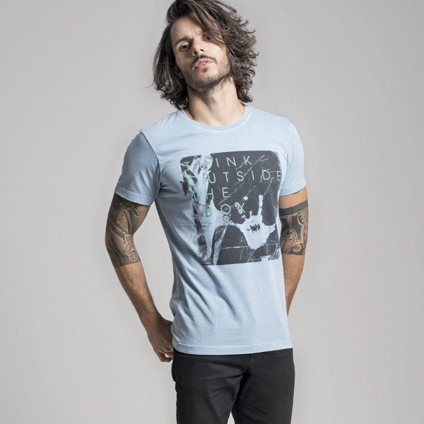 CAMISETA STONE THINK OUTSIDE THE BOX - AZUL CLARO