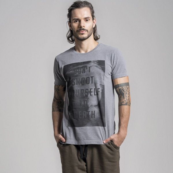 CAMISETA STONE DON´T SHOOT YOURSELF TO DEATH - CINZA