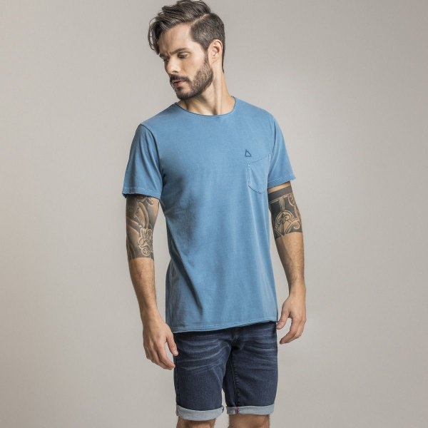 CAMISETA STONE COLORS BASIC POCKET AZUL